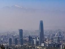 Panorama smogu i wieżowców